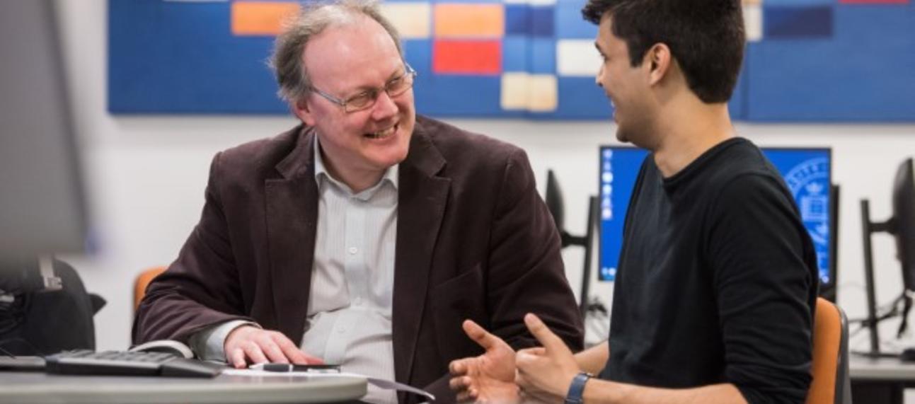 IT staff discussing Windows10